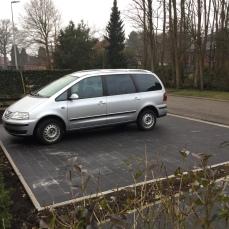 Parking voor de deur